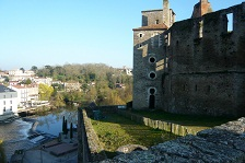 Private and customized excursions in Clisson in English, French and Russian