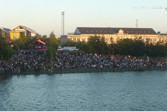 Concerts in Nantes, along the Loire river