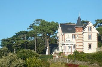 Discover the history of a seaside resort in Brittany