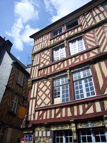 Rennes and its medieval streets with a local guide
